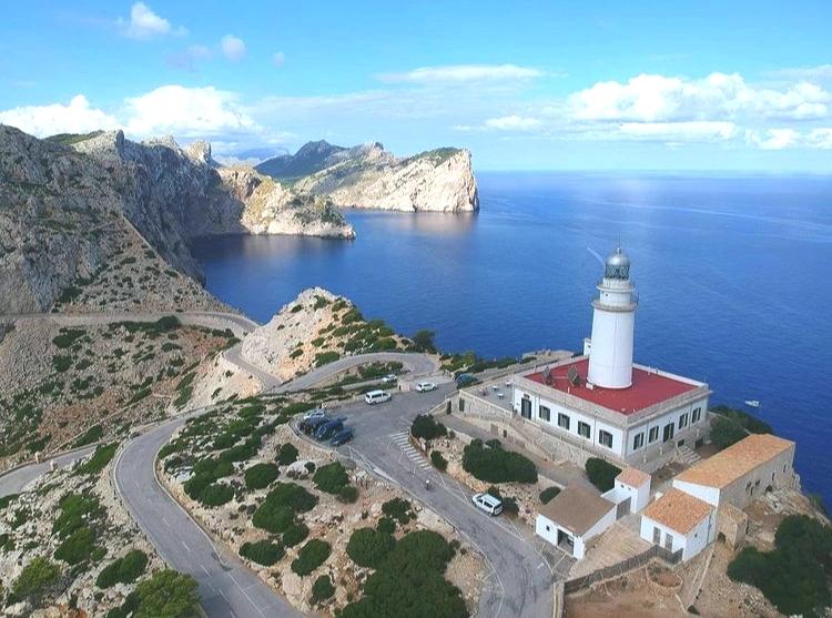 Der Leuchtturm am Cap Formentor auf Mallorca