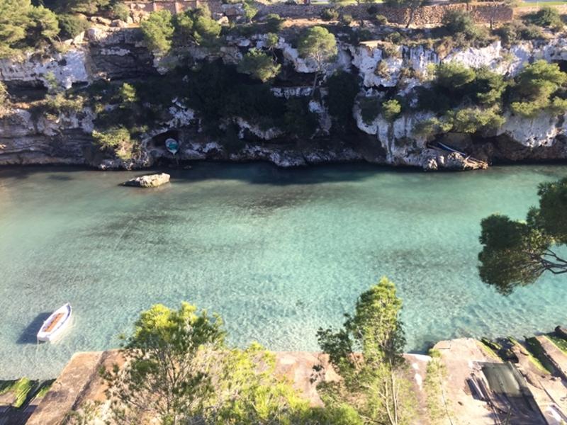 Der Strand Cala Pi im Süden von Mallorca