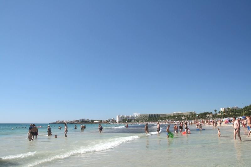 Sa Coma ist ein Strand und Ort auf Mallorca
